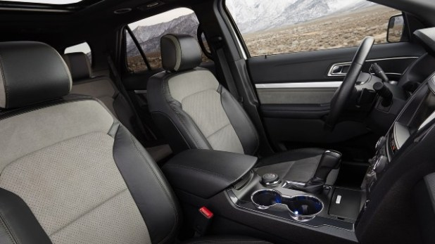 2021 Ford Explorer Sport interior