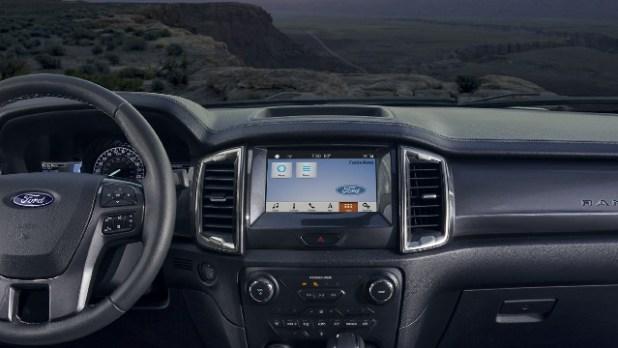 2021 Ford Ranger Hybrid interior