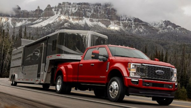 2022 Ford F-450 towing