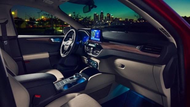 2022 Ford Escape Hybrid interior