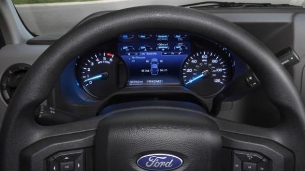 2022 Ford E-Series Cutaway interior