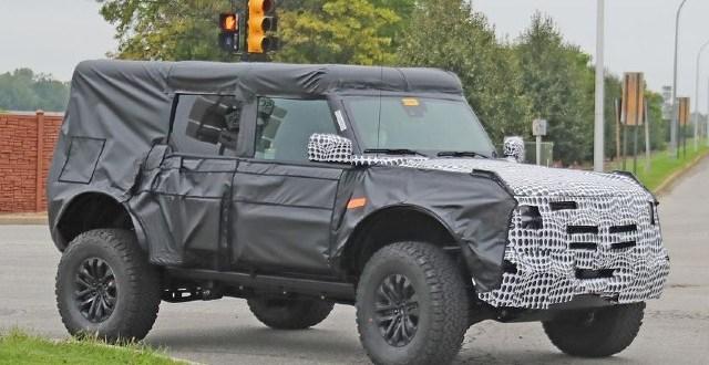 2023 Ford Bronco Warthog exterior