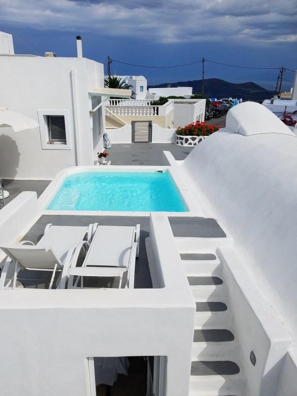 Ayoba Santorini hotel imerovigli greece