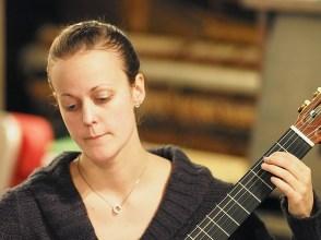 Caroline Paradis - Guitare