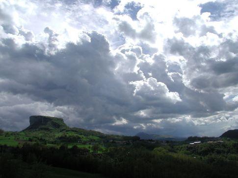 La Pietra di Bismantova nel Parco nazionale dell'Appennino Tosco Emliano