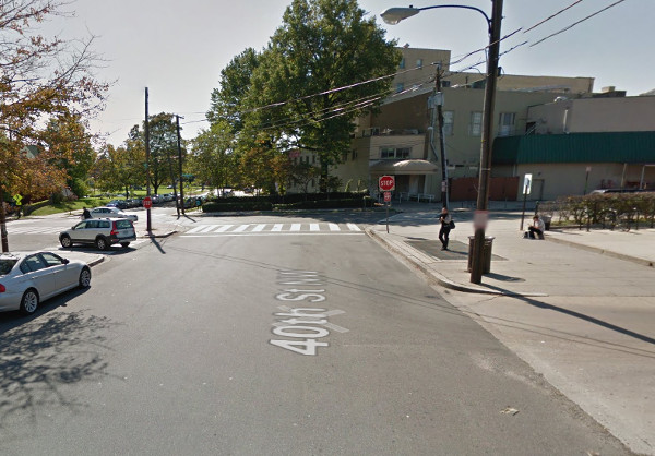 Google Streetview image from 2011 of 40th and Albemarle, as seen looking south along 40th.