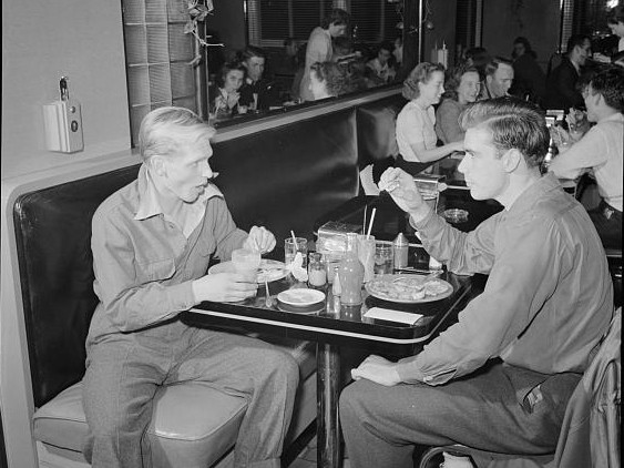 These fellows enjoy a meal at the Connecticut Avenue Hot Shoppes, December 1941. (Library of Congress photo)