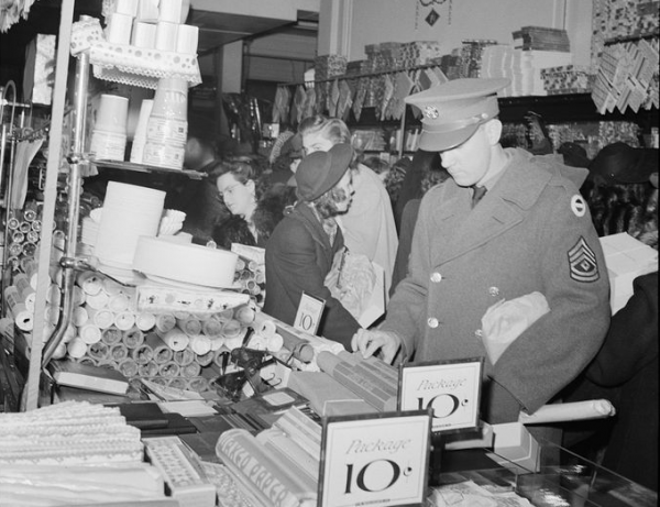 Shopping at F.W. Woolworth in Washington, DC, 1941. (photo from loc.gov)