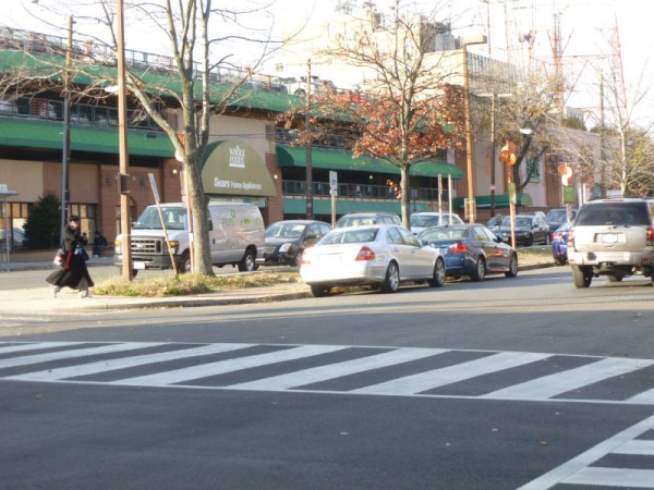 "Could Fort Drive behind Whole Foods become part of a ""grand entrance"" to Tenleytown?"