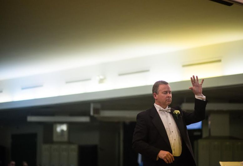 Dave Weinstein conducts during a concert at Forest Park Middle School last week. (Photo by William Camargo)