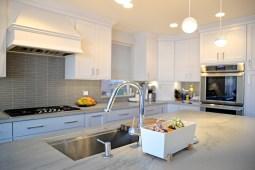 The second floor unit kitchen. | Alexa Rogals/Staff Photographer