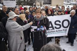 Dr. Glenn Kushner speaks to the crowd during a press conference and protest denouncing the closure of the hospital outside of Westlake Hospital in Melrose Park. | Alexa Rogals/Staff Photographer