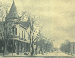 August Thodes, on the left, was a restaurant and saloon in Harlem located at Des Plaines and Madison.