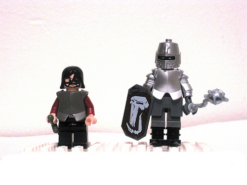 Game of Thrones LEGO Minifigs The Clegane Brothers
