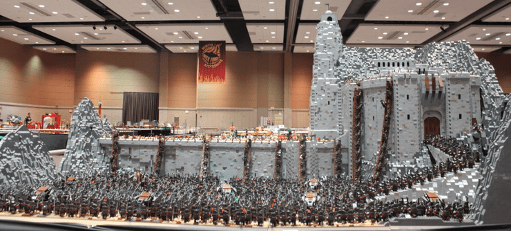 Battle of Helm's Deep - LEGO - featured