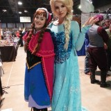 Long Beach Comic Expo 2015 - Anna and Elsa from Frozen