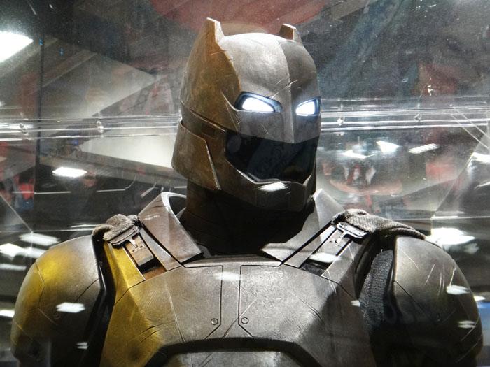 SDCC 2015 - Batman v Superman armor