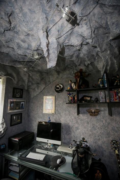 fan batcave