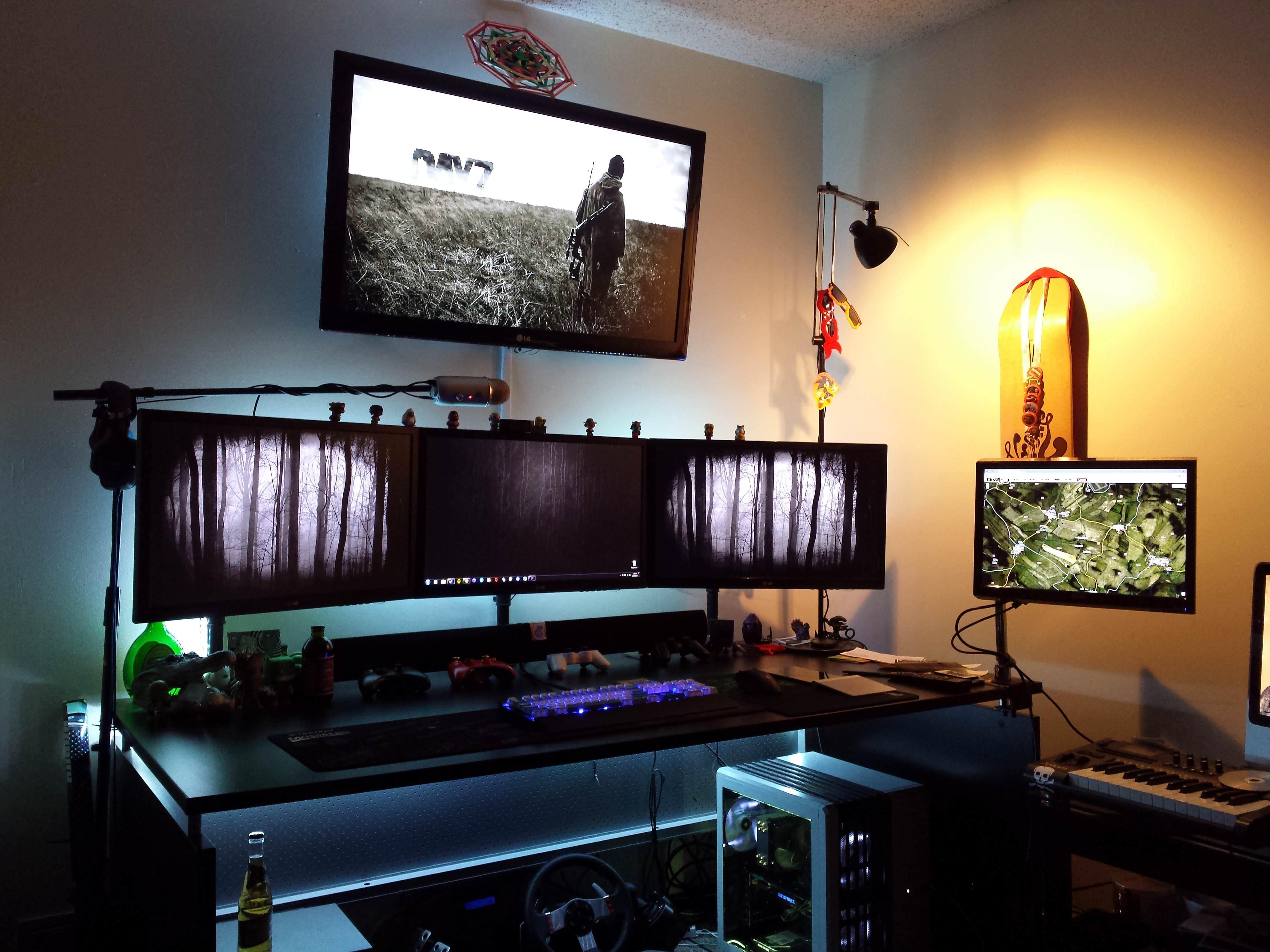 25 Amazing PC Gaming Battlestations ForeverGeek