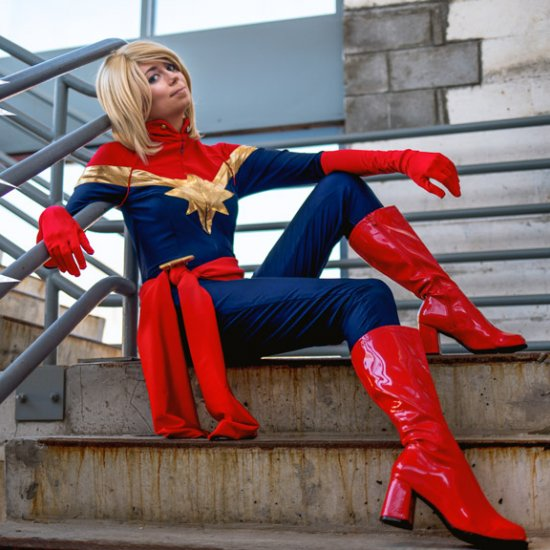 captain marvel cosplays