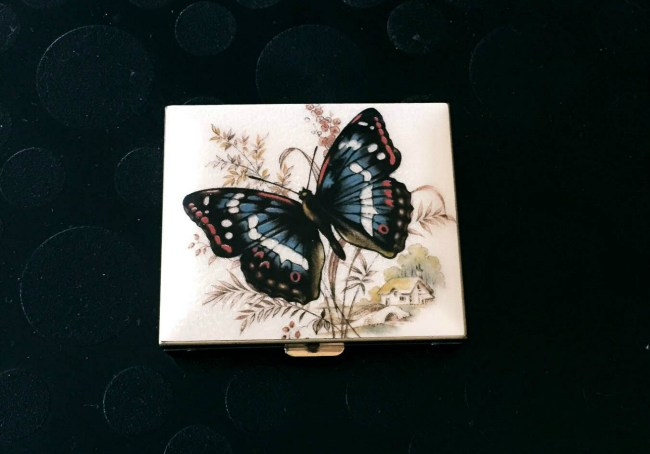 butterfly-jewelry-box