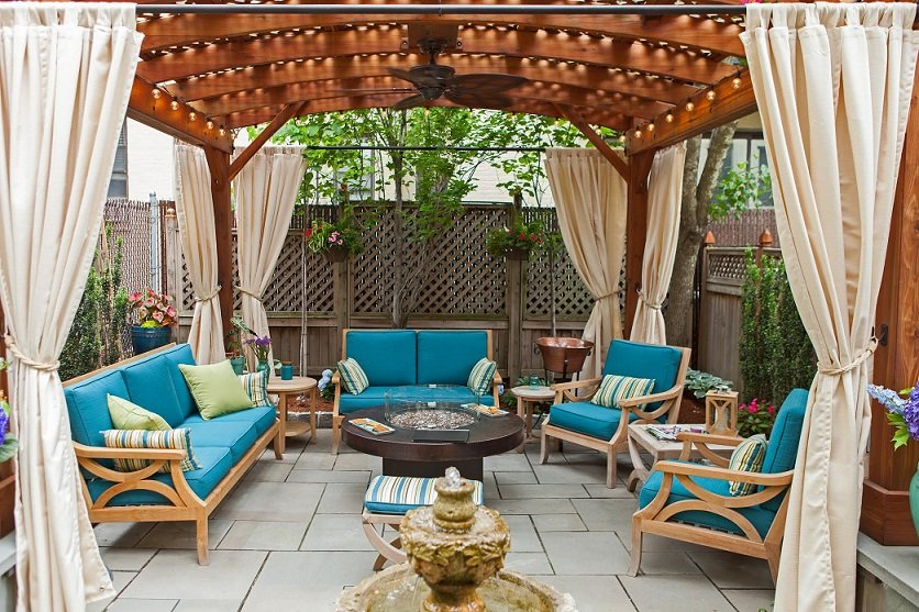 Pergola Offers Privacy from Prying Eyes: The Walkowiak Family Story