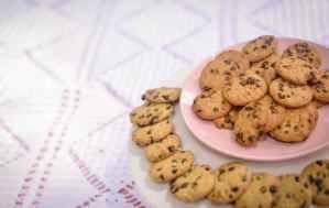 Chocolate cookies HD wallpaper