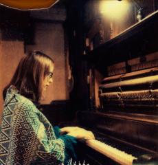 Laura Veirs 2013 Piano Kaftan