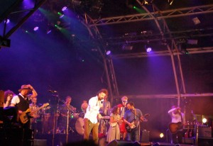 Alex Ebert, Edward Sharpe and the Magnetic Zeros, Somerset House, London