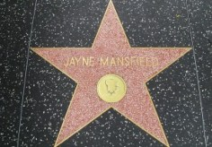800px-The_Jayne_Mansfield_Hollywood_Walk_Of_Fame_Star