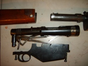 Fusil Mexico disassembled