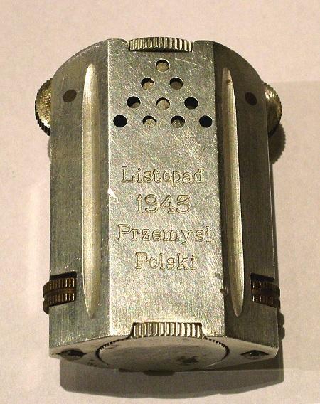 Cigarette lighter commemorating the christening of Blyskawica, 1943