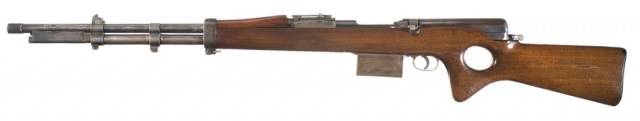 Snabb conversion of a 1903 Springfield rifle (left)