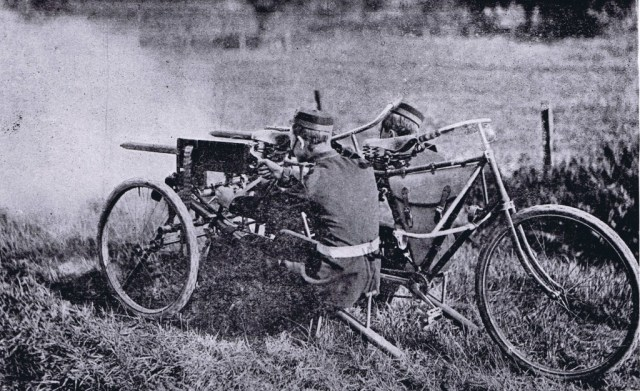 Maxim tricycle firing