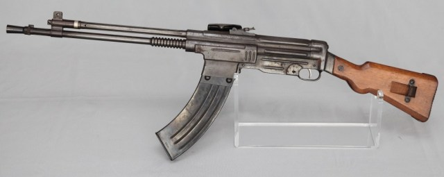 Fusil Asalto CB-52, in 7.92x51mm