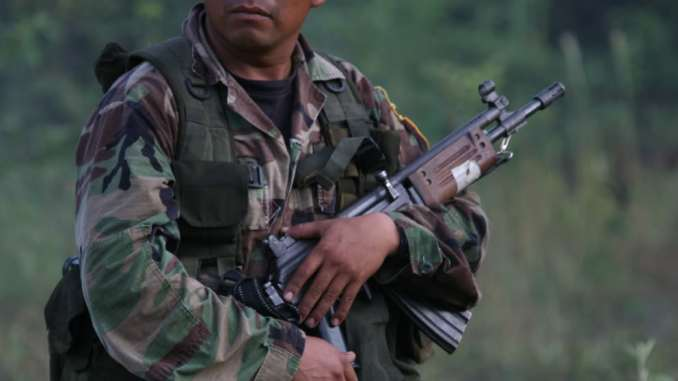 Guatemalan Special Forces soldier with Galil SAR