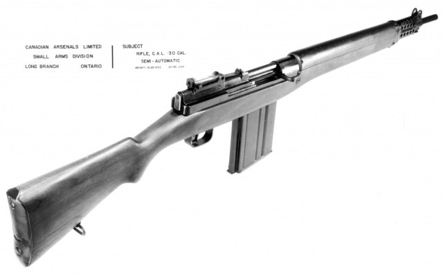 Another view of the EX-2 in .30 caliber, with a long action magazine. Not the similarity of the rear receiver cover to the FN-49 rifle. Source: MilArt photo archives