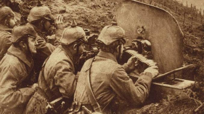 German MG08 machine guns on the line early in WWI