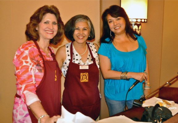 Sue Kanoho, Edie Ignacio-Neumiller, Shelly Cobb