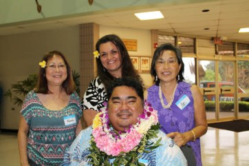 Doric Yaris, Kupuna Kane, honorable mention; with Renee Takahashi, Bricille Dawkins and Pat Nitta