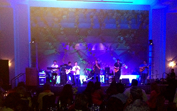 Kalapana rocking the house at Wala'au's 20th anniversary celebration at the Kaua'i Marriott Resort at Kalapaki Beach Saturday.