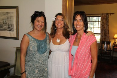 From left to right, Elena Park of New York, Dhyanna Dunville of Princeville and Heather Leapoole of Princeville.