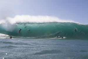 JD Irons at Pipeline, O'ahu in October 2013. Photo by Bruno Lemos