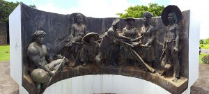 The Kōloa Monument honoring the many ethnic groups that came to work in Hawaiʻi's plantations. Photo by Léo Azambuja