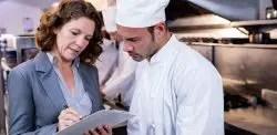 restaurant manager leader
