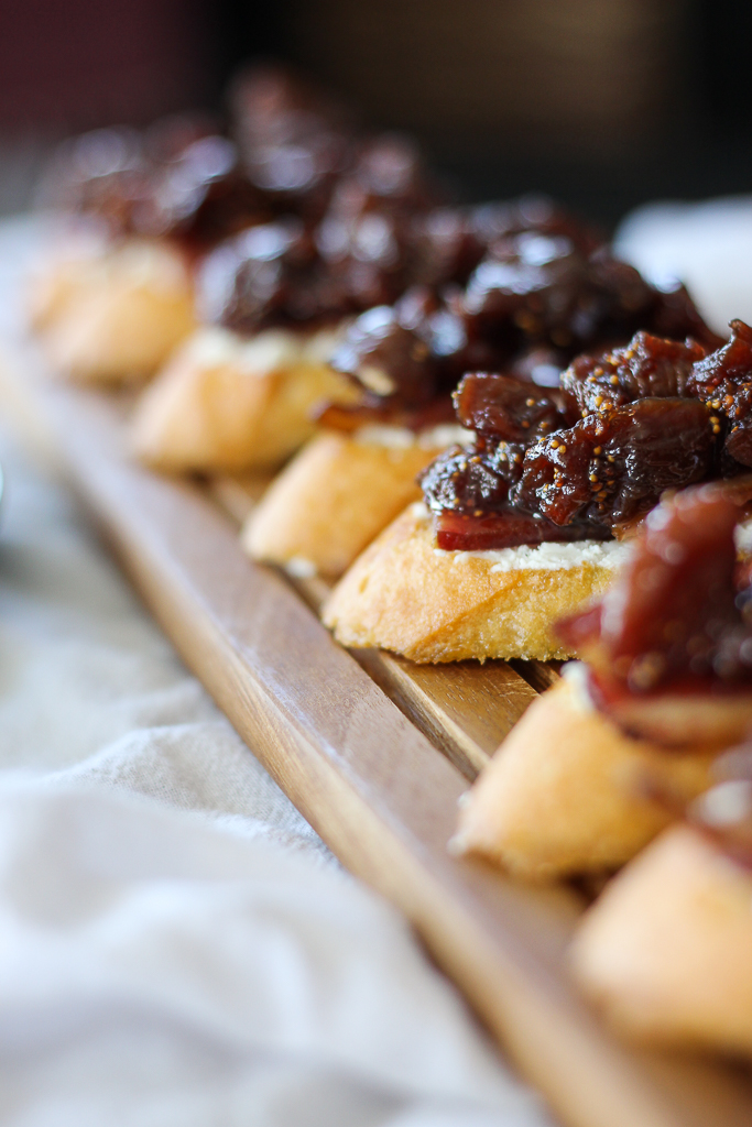 Fig Compote, Bacon, and Goat Cheese Crostini // Fork in the Kitchen