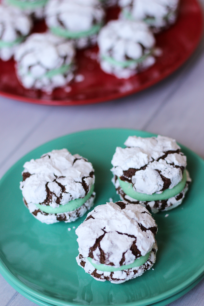 Chocolate Mint Cookie Sandwiches