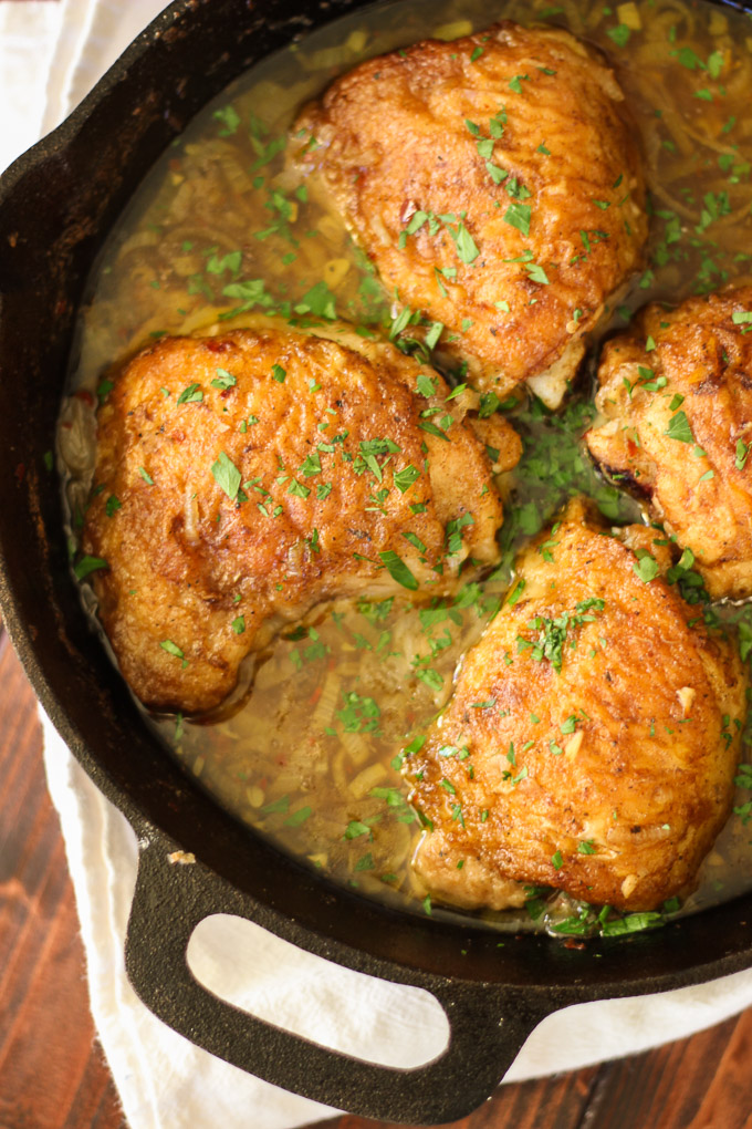 Skillet Chicken with Garlic, Shallot, and Wine Sauce