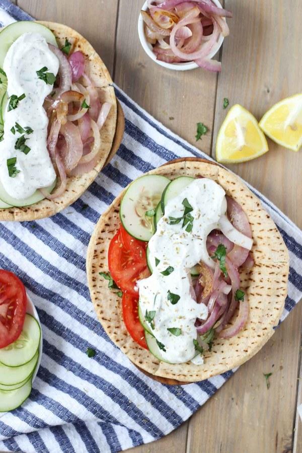 Easy Veggie Greek Pita // Fork in the Kitchen