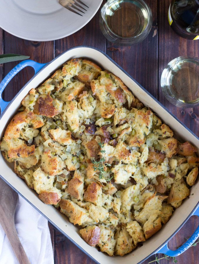 Traditional Vegetarian Thanksgiving Stuffing / Dressing
